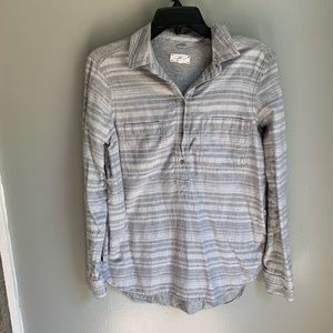 Lou & Grey Flannel Gray Stripe Pop Over Top Small